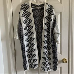 NWOT WOMAN WITHIN Patterned Cardigan